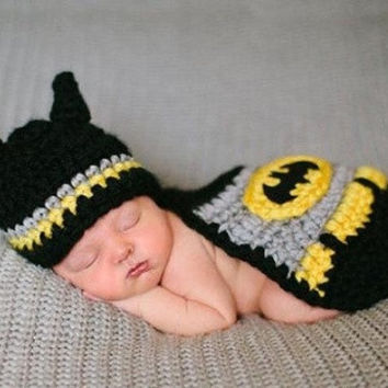 2017 New Infant Knitted Crochet Sweater Knitting Batman For Newborn Baby Costume Photo Photography Prop