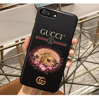GUCCI tide brand men and women tiger head print hard shell iPhoneXsMax mobile phone case cover Black