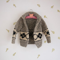 vintage kids cowichan sweater / wool knit / children's cardigan / grey white + black / argyle / 6