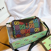 GUCCI  Classic fashion women's Leather Shoulder Bag