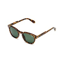 QUAY 'WALK ON' SUNGLASSES - TORTOISE