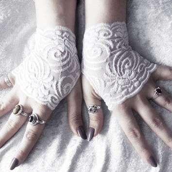 Khnemu Lace Fingerless Gloves - Micro Mittens - Snow White Floral Scroll Embroidered - Wedding Gothic Lolita Bridal Spring Bridesmaid Mori