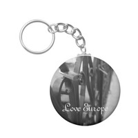 KeyChain: European Bridge and Love Lock Basic Round Button Keychain