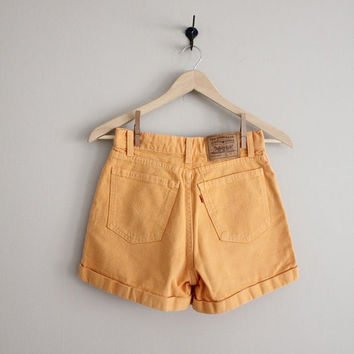 orange denim shorts / levis denim shorts / high waist denim shorts