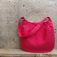 Fuchsia handbag medium size. Pink shoulder bag with inner pockets. Fabric bag called Tulip Bag