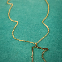 Minnesota State Necklace in Gold