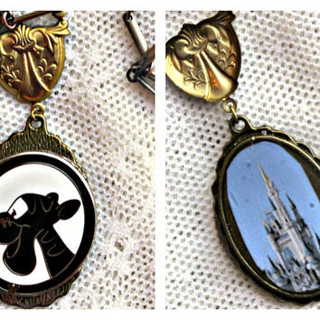 Disney Handmade Winnie the Pooh Bear Tigger Silhouette and Cinderella Castle Shield Double Sided Necklace Pendant
