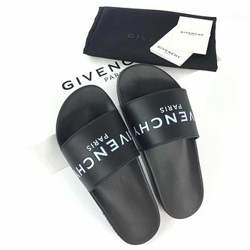 Givenchy Classic letter slipper