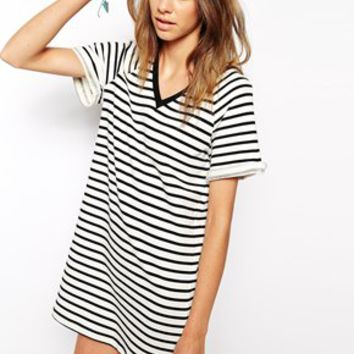 The Fifth Drop The Game T-Shirt Dress in Stripe - Ivory/black