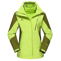 Camel Winter Warm Fashion Casual Outdoor Clothes Women Three-in-one two-piece Waterproof Coral Velvet Mountaineering Wear Coat Fluorescent Green