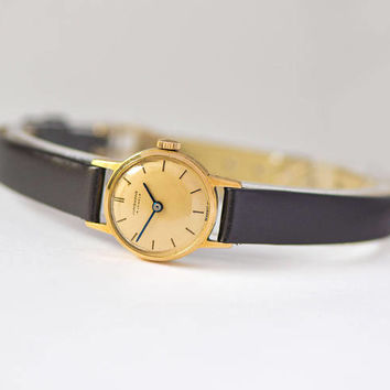 Women's watch Junghans vintage. Gold plated women's watch classy. Retro women's watch Cal. J73 gift jewelry small. New premium leather strap