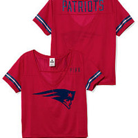 New England Patriots Cropped V-Neck Athletic Tee - PINK - Victoria's Secret