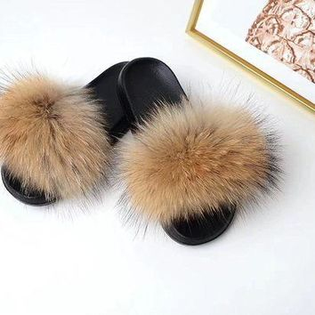 Raccoon Fur Sandals Furry Flip Flips Women Fashion Slippers Sandals Brown Genuine Real Fluffy Pompoms Women Shoes