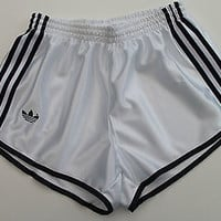 ADIDAS Womens Vintage UK 8-10 (S) NEW Shorts Nylon Glanz Sports Hot Pants