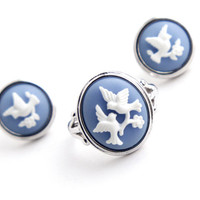 Vintage Bird Cameo Ring & Earring Set -  Silver Tone Size 8 Signed Avon Costume Jewelry Demi Parure / White on Blue Love Bird Silhouette