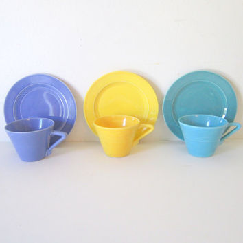Art Deco  Harlequin Teacup Coffee Cups Dessert Plates Set Blue Tourquoise Yellow  Riveria Homer Laughlin Kitchen Home Decor