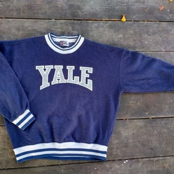 Yale University sweatshirt fleece fabric Embroidery Big Logo vintage design