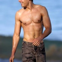 Zac Efron Poster Shirtless #01 24x36in