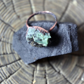 Emerald Ring | Mid-Size Emerald Ring | Alternative Engagement Ring  | Raw Emerald Ring | Rough Emerald Ring