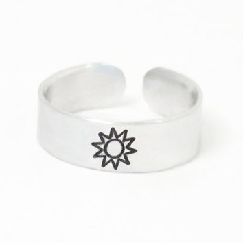 Sun ring - Sun symbol ring - Sunshine ring - gift for daughter - gift for mom - girlfriend gift - Grandma gift - Sun ring - BFF gift