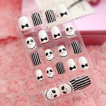 24pcs/set fashion style environmental friendly Acrylic full cover False Nail Halloween Ghosts Face Fake Nails art Tips with GLUE