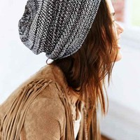 Open-Weave Slouch Beanie- Black & White One