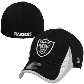 New Era Oakland Raiders Training Replica 39THIRTY Flex Hat - Black