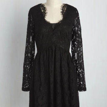Chic, Myself, and I Lace Dress in Noir | Mod Retro Vintage Dresses | ModCloth.com