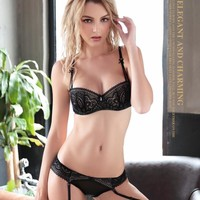 The sexy lace super thin bra sets  perspective Underwear bra suit2