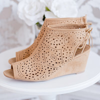 Ember Cut Out Wedge (Toffee)
