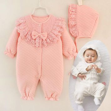 2017 New Fall Winter Baby Girl Cotton Lace Jumpsuit Rompe Overall with Cap White Pink Sleeping Bag Infant Clothes Born 3m 6m 9m