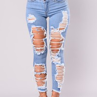 Cassy Distress Jeans - Light