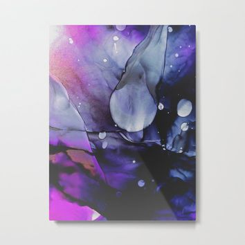 A Violet Gaze Metal Print by duckyb