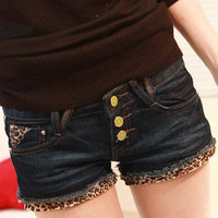 Women Leopard print multi-button denim shorts New skinny denim shorts