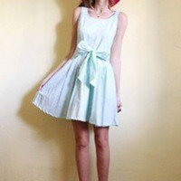 tea and tulips boutique - one of a kind vintage. ? mint magic dress