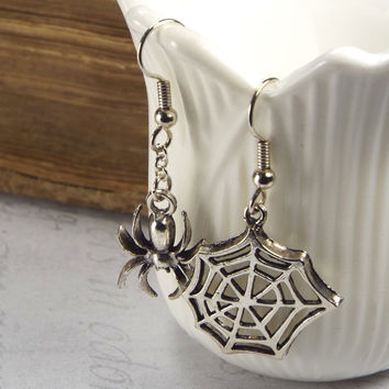 Spider and Web Gothic Mismatched Earrings
