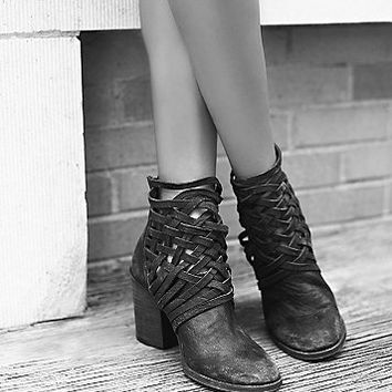FP Collection Womens Carrera Heel Boot