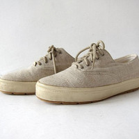 vintage KEDS tennis shoes. Raw canvas lace up sneakers. preppy shoes. minimalist natural look tennis shoes.