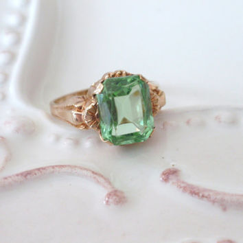 Art Deco Ostby Barton Ring 10k green stone rectangle Victorian OB Titanic August birthstone peridot