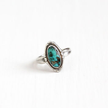 Vintage Sterling Silver Turquoise Ring - Size 6 Retro Southwestern Native American Style 1960s Bell Trading Co. Jewelry