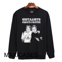 Guitarist finger Niall Horan and Michael Clifford Sweatshirt Sweater Unisex