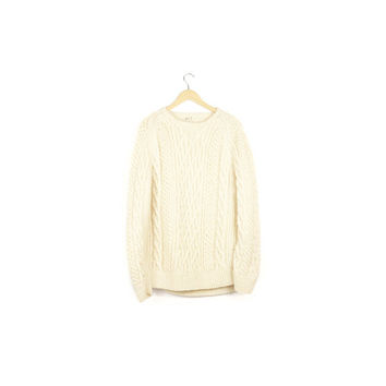 cozy wool cable knit sweater / cream ivory white / thick warm fisherman sweater / pullover crew neck / ski cabin outdoors / mens large