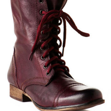Steve Madden Shoes, Troopa Combat Boot in Burgundy