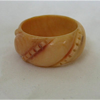 Vintage Celluloid Ring