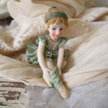 Sweet Vintage Ballerina Figurine, Tiny Dancer