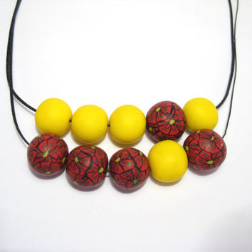 Red and Yellow statement necklace , Flower print beaded necklace , Chunky flower necklace, Polymer Clay Jewelry, Clay Necklace