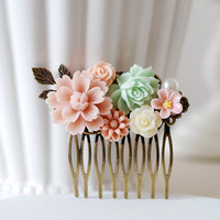 Flowers Collage Hair Comb. Dusky Pink Mint Green Ivory Rose Flowers, Floral Collage Comb. Wedding Bridal Hair Comb, Bridesmaids Gift