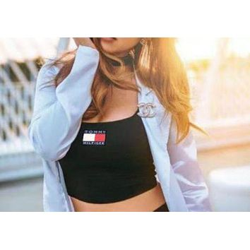 Tommy Hilfiger Fashion Stripe Crop Top Womne Stripe Crop Top Chest Logo Trending Shirt Black Underwear