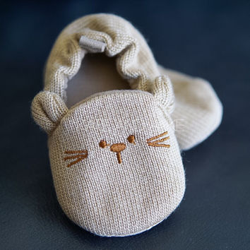 Cute baby girl shoes baby boy shoes unisex baby shoes soft pre walker crib shoes dog bear