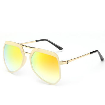 Octagonal Shaped Frame Sunglasses with Alloy